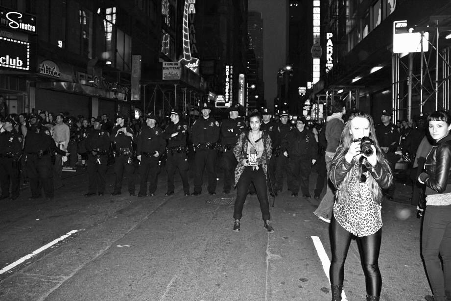 Girls, NYPD, NY Night©PattiFogarty