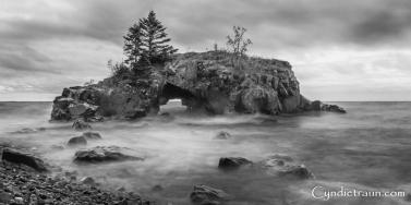Hollow Rock-4111