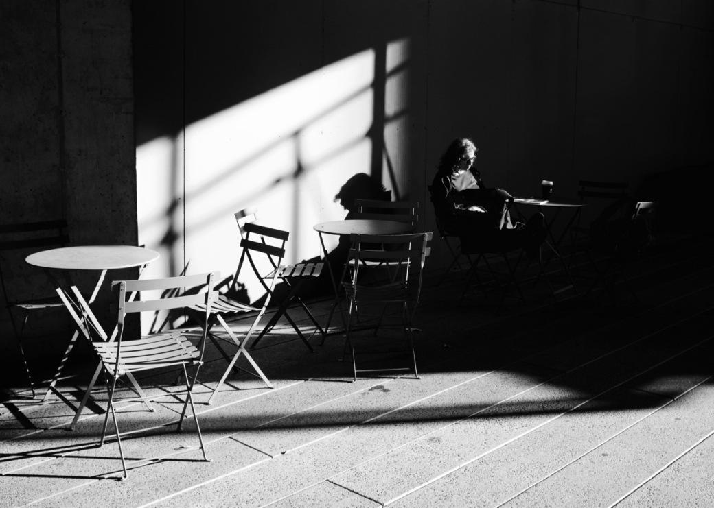 Shadow sitting
