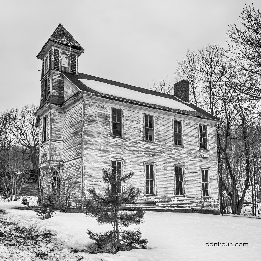 2016-12-16-schoolhouse