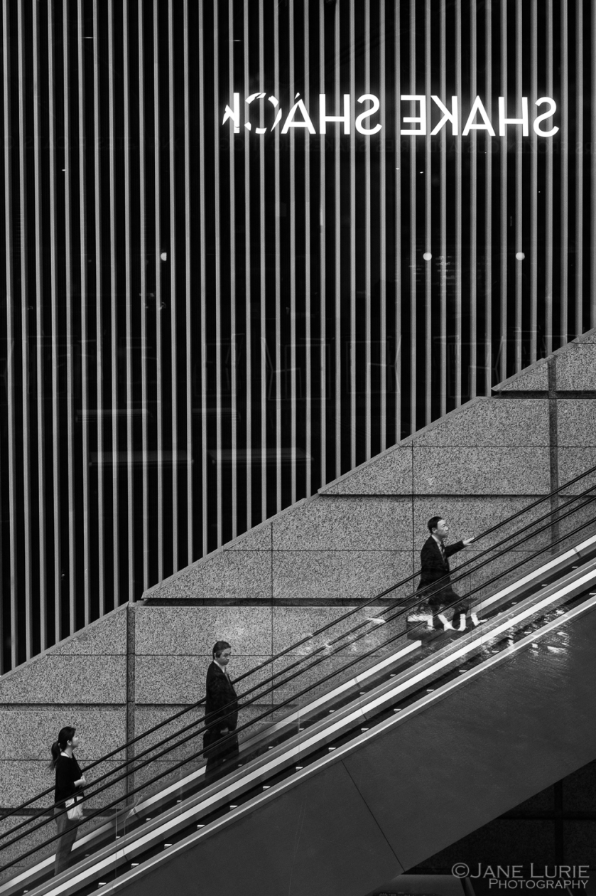 Street Photography, Tokyo, Japan, Black and White, Monochrome, Fujifilm X-T2