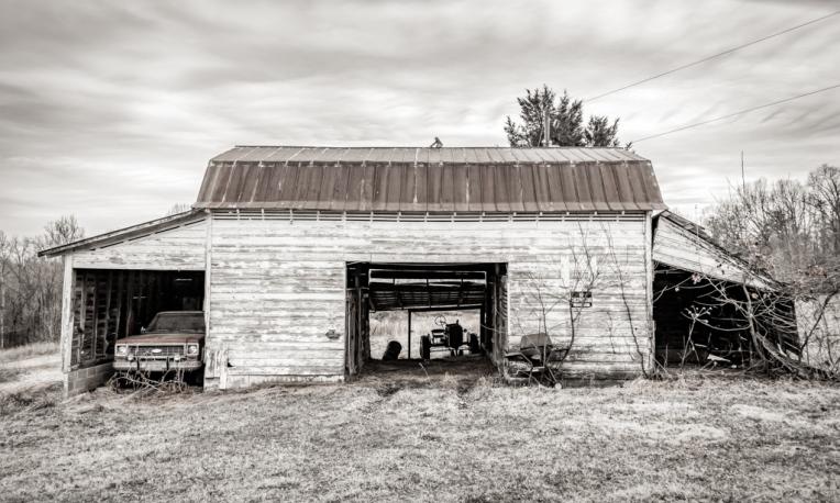 Old Barn on Ridgewood Rd near Winston-Salem North Carolina